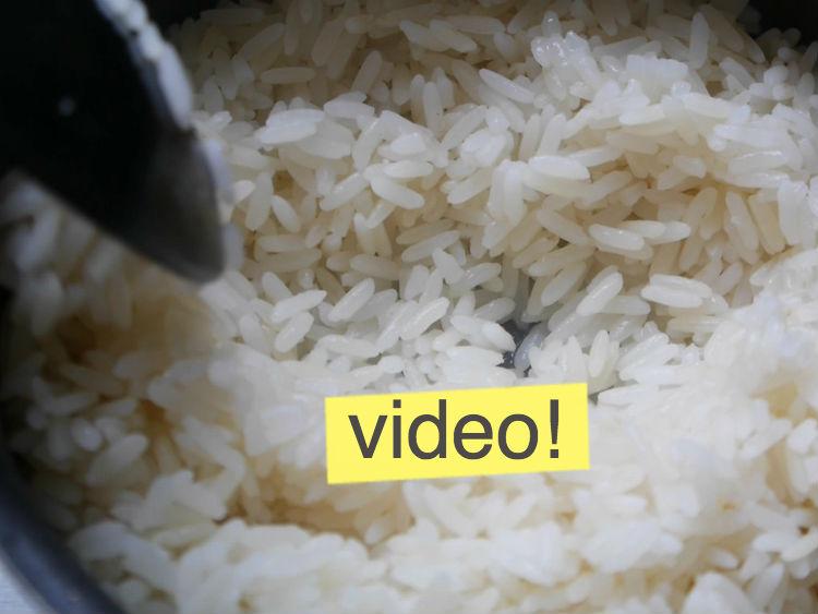 C mo hacer un arroz blanco perfecto ensalada de arroz y at n paulina cocina - Como hacer blanco roto ...