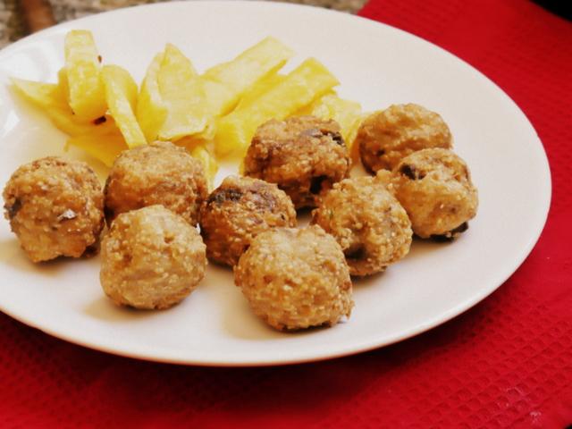 Comida para ni os bolitas de pescado paulina cocina for Cocinar pescado para ninos