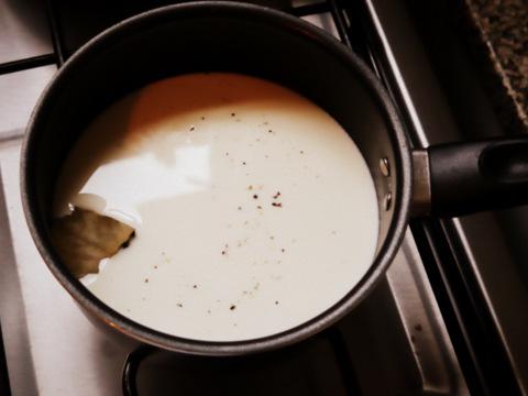 Empezando la salsa blanca